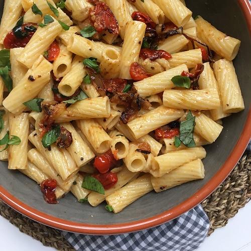 [Lieblingsrezept] Pasta mit Matschtomatensauce aus dem Backofen nach Donal Skehan