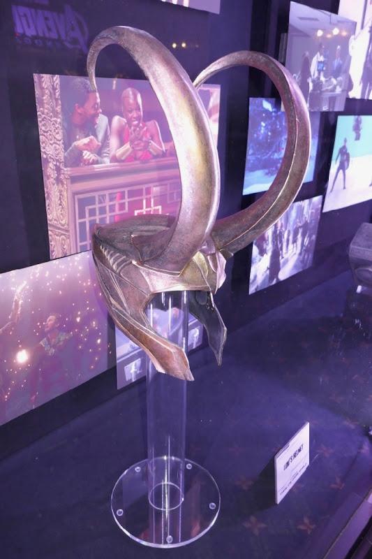 Lokis helmet Thor Dark World