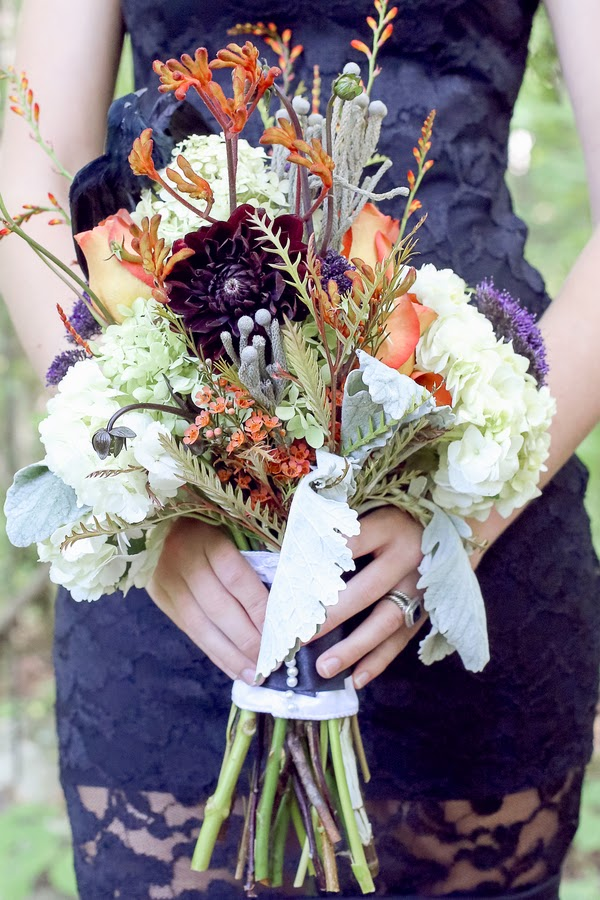bride+groom+orange+green+violet+purple+lavender+black+halloween+wedding+october+fall+autumn+goth+gothic+day+of+the+dead+dia+de+los+meurtos+nuptials+cake+dessert+table+bridesmaid+bouquet+skeleton+skull+noir+studio+7 - The Other Side