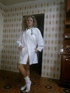 Renata Enfermeira Safadinha de Criciúma-SC mostrando a bunda gostosa de uma contribuição