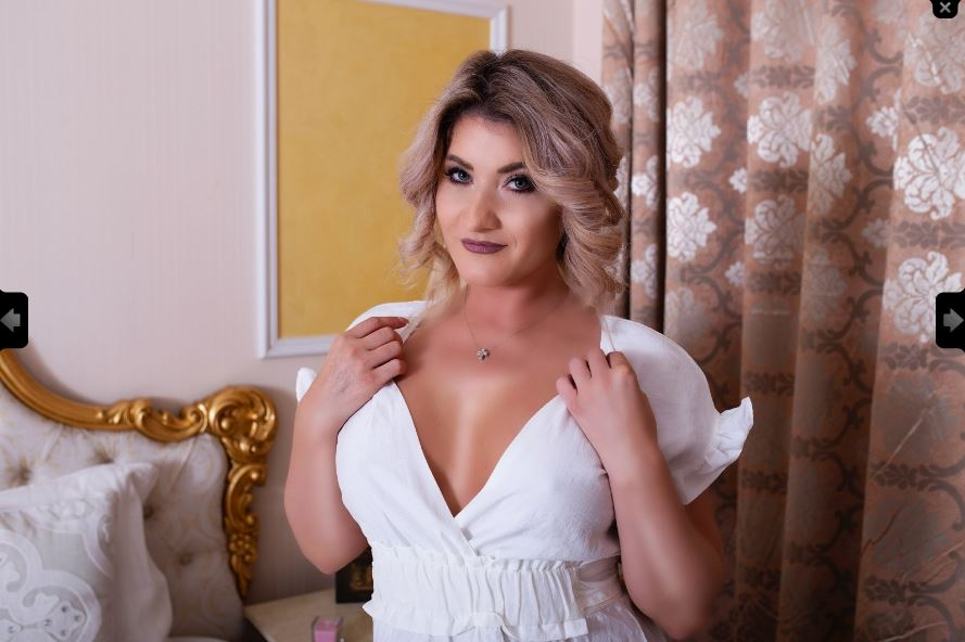 https://pvt.sexy/models/91i4-britneylynn/?click_hash=85d139ede911451.25793884&type=member