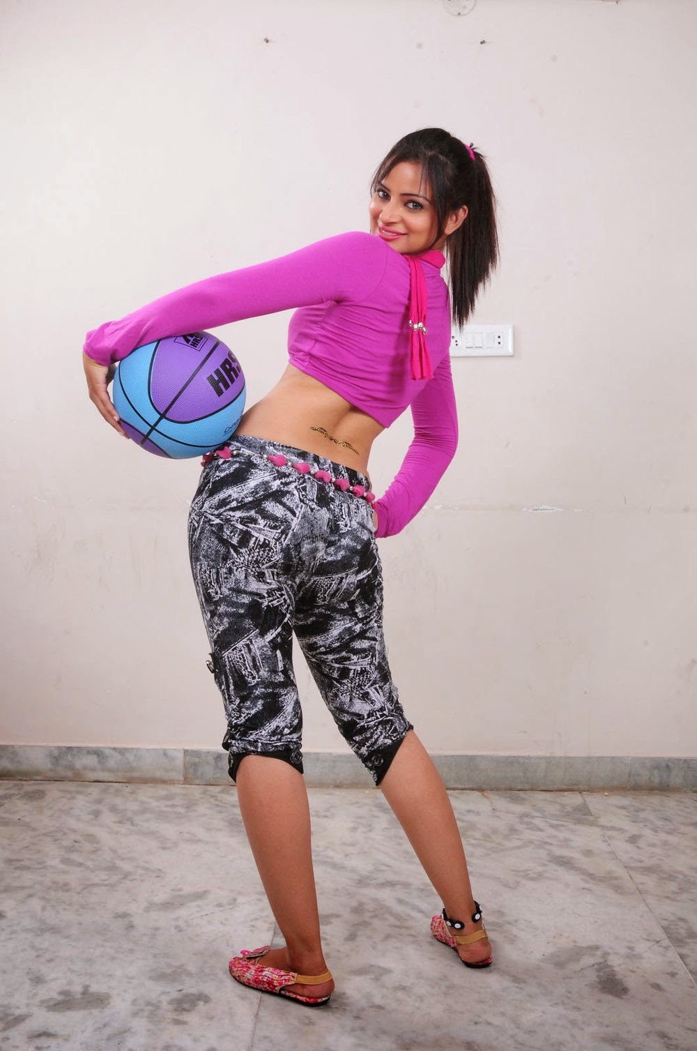 Bollywood Actresses Pictures Photos Images Tamil Actress -7189