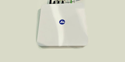 Reliance Jio to offer 1.1TB FTTH broadband data at 100Mbps high-speed internet