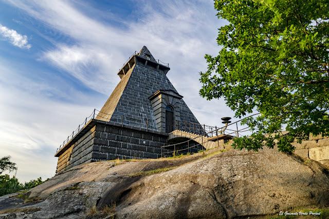 Minnehallen - Noruega, por El Guisante Verde Project