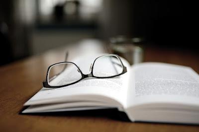Kumpulan 50+ Contoh Soal Teks Drama, Teks Ulasan, dan Teks Persuasif