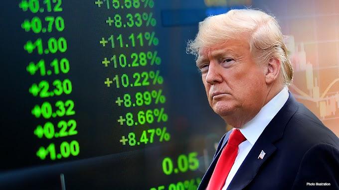 Trump dice que Dow 30,000 es el número 'sagrado' en una breve aparición en la Casa Blanca
