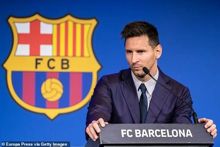 Barcelona 'FAIL in one final desperate bid to keep Messi' from leaving for PSG