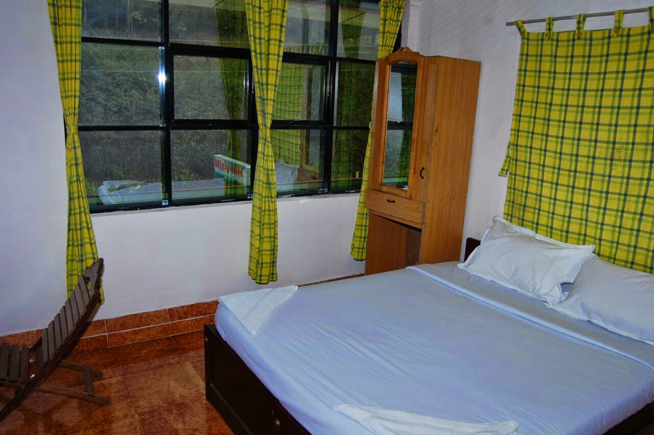 newly opened hotel in devikulam, sree krishnan munnar, how to reach misty hiils cottage from munnar town