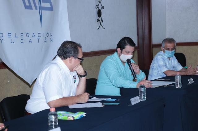 Empresarios de la CANAIVE dialogan con el candidato del PRI  a la alcaldía de Mérida, Jorge Carlos Ramírez Marín