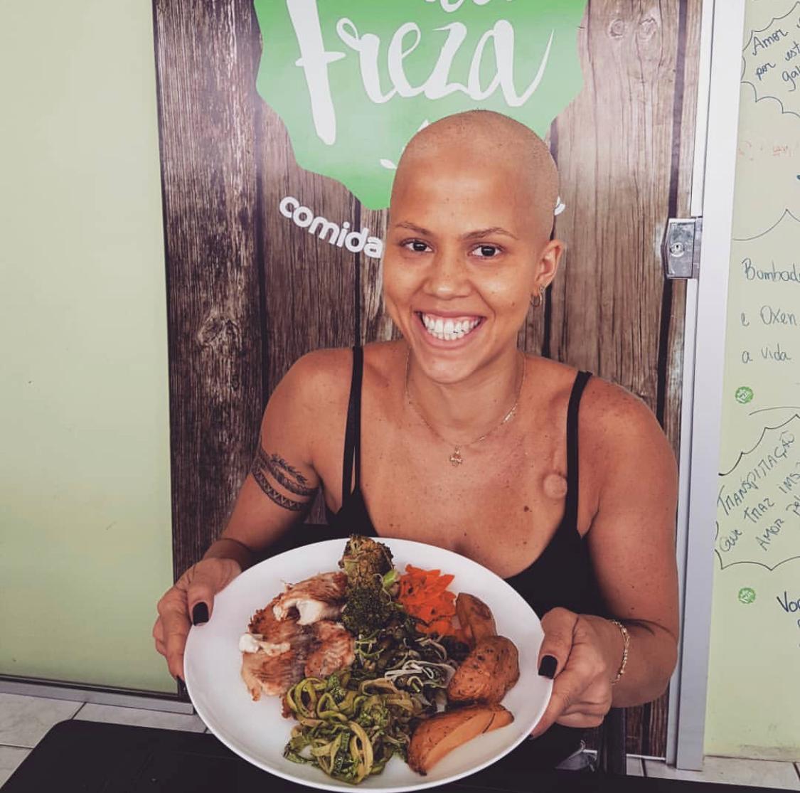 Nutricionista brasiliense que superou câncer investe em empresa de alimentação saudável