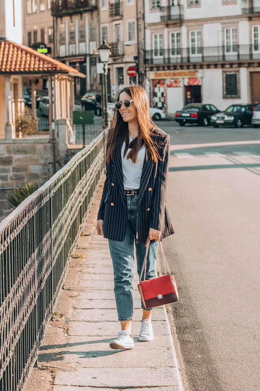mom jeans outfits for spring