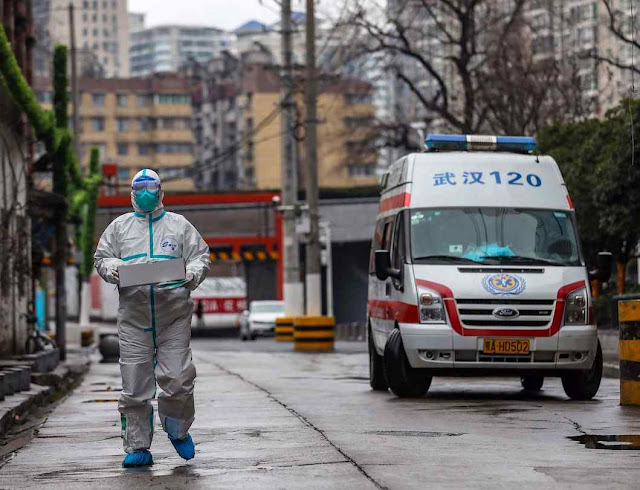 As medidas de urgência chegaram tarde após o socialismo silenciar o inicio da epidemia