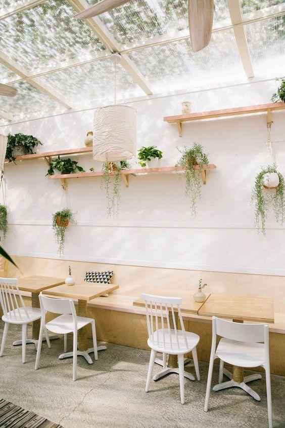 Inspiração para uma Loja de Comidas: Como Usar Madeira - na Cozinha do Quintal