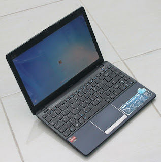 Netbook Seken Asus 1215B