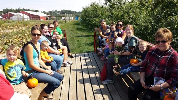 MOMS Club York members on a hayride