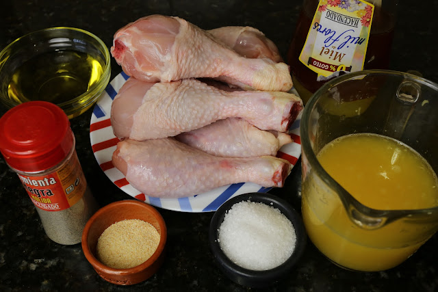 Ingredientes para jamoncitos de pollo glaseados