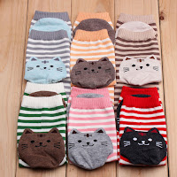 http://www.banggood.com/Women-Girls-Cartoon-Animal-Stripe-Socks-Cat-Footprints-Cotton-Cute-Hosiery-p-1043873.html?utm_source=sns&utm_medium=redid&utm_campaign=naokawaii_10th&utm_content=chelsea