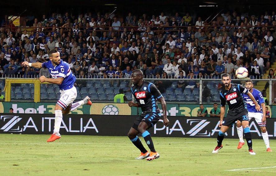 Napoli sconfitto a Genova contro la Sampdoria, Juventus sola in testa alla classifica di Serie A.
