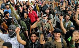 Allahu Akbar! Pejuang Suriah Terus Alami Kemajuan di Tengah Serangan Udara Syiah Assad