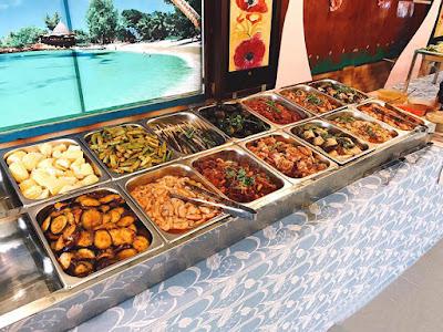 Khay GN 1/2 sử dụng nhiều trong quầy buffet nướng bình dân