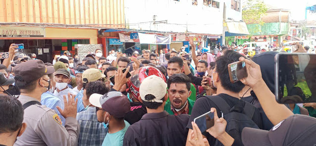 Langgar Prokes Jadi Alasan Polisi Bubarkan Demo PPKM di Ambon