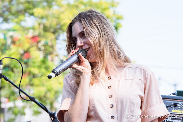 Deanna Petcoff at Royal Mountain Records Goodbye to Summer BBQ on Saturday, September 21, 2019 Photo by John Ordean at One In Ten Words oneintenwords.com toronto indie alternative live music blog concert photography pictures photos nikon d750 camera yyz photographer summer music festival bbq beer sunshine blue skies love