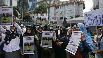 China acusada de esterilizar mulheres de minorias étnicas