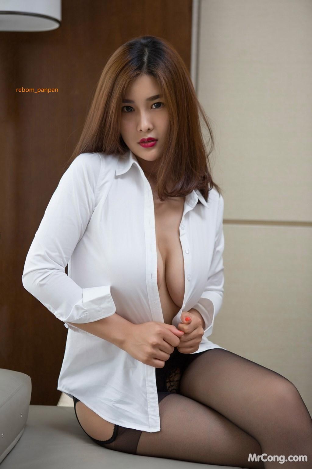 Image Yan-Pan-Pan-Part-4-MrCong.com-034 in post Người đẹp Yan Pan Pan (闫盼盼) hờ hững khoe vòng một trên giường ngủ (40 ảnh)