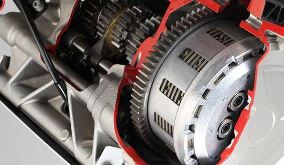 7 Ciri Kampas Kopling Motor Habis Bikin Tenaga Mesin Menurun