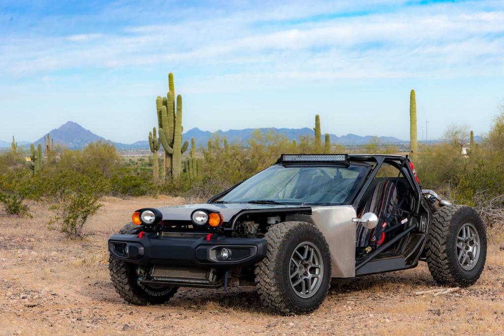 Chevrolet Corvette đời 1999 lột xác thành xe địa hình hầm hố