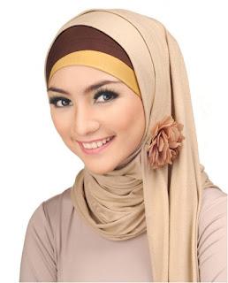 Model Jilbab Kebaya Artis
