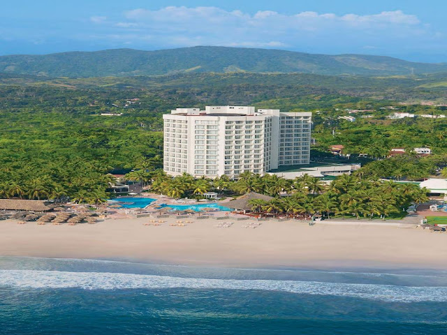Located on Mexico's beautiful Pacific coast, Sunscape Dorado Pacifico Ixtapa is the best place to experience Ixtapa and has everything you need for a stress-free getaway. This beachfront resort is ideally situated in the heart of town and within walking distance to major attractions such as swimming with dolphins, a water park and two golf courses.