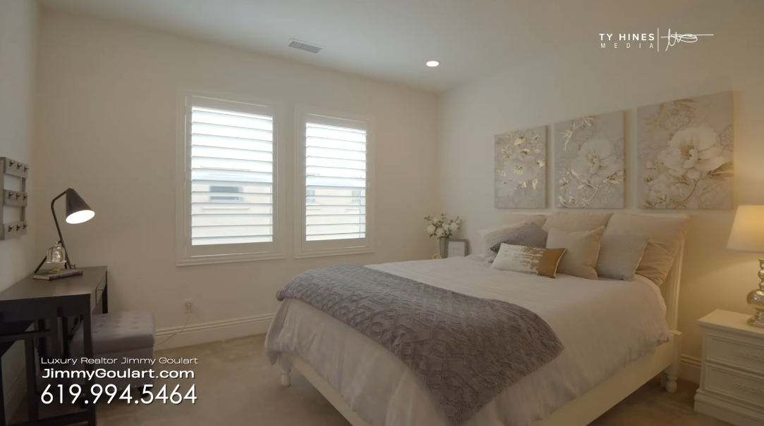 31 Interior Design Photos vs. Touring 16358 Nicole Ridge Rd, San Diego, CA