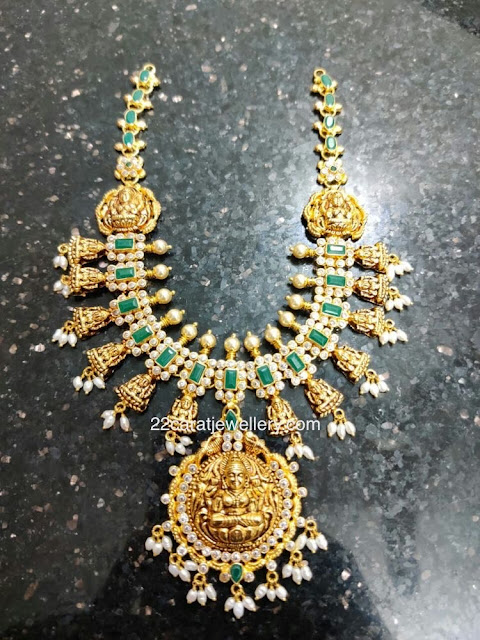 Lakshmi Necklace with Eemerlds