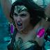 """Mulher-Maravilha aparece de sovaco feito no trailer de """"Origem"""" e fãs criticam, veja mais: Febre do Sovaco Colorido!"""