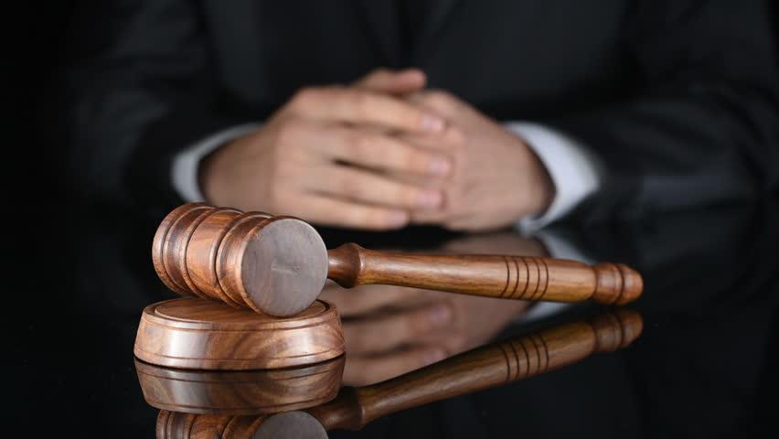 Bahaya Hakim yang tidak Adil