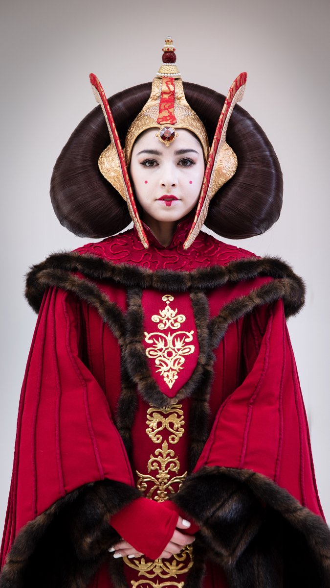 queen of naboo prequel cosplay