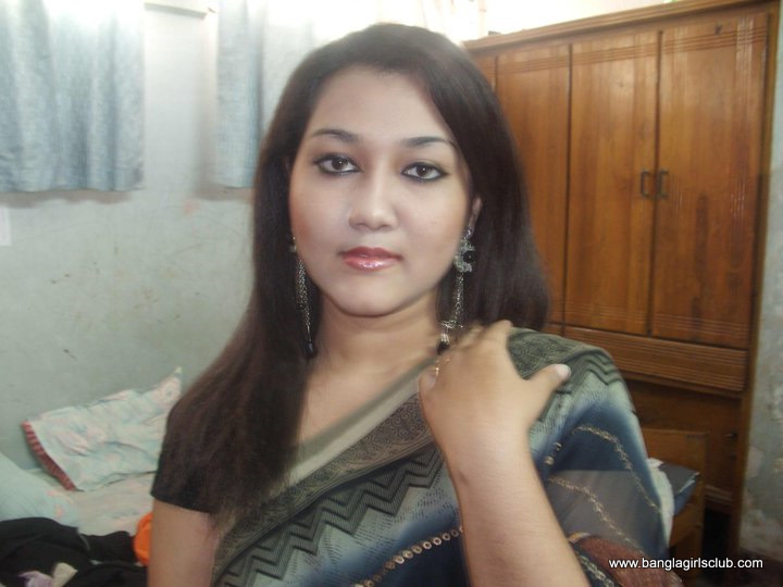 Most Beautiful Bangladeshi College Teen Girl  Sexyblogger-1900