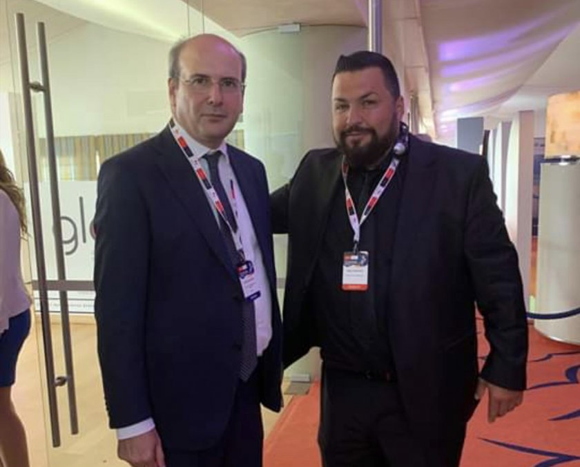 Ο Μακεδόνας επιχειρηματίας αλλάζει αρδην το παιχνίδι με την εμπλοκή του στα τεκταινόμενα των ΚΥΚΛΑΔΩΝ