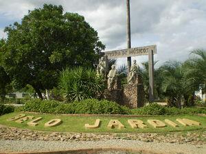 População detém homem após furto a estabelecimento comercial em Belo Jardim