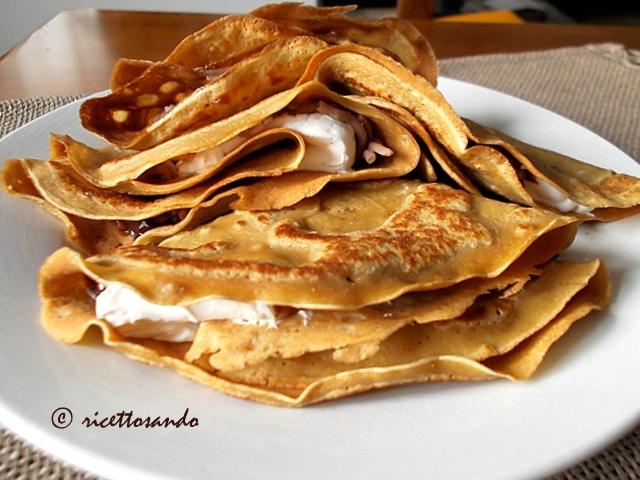 Crespelle ricetta base con farine alternative per dolci o primi piatti golosi