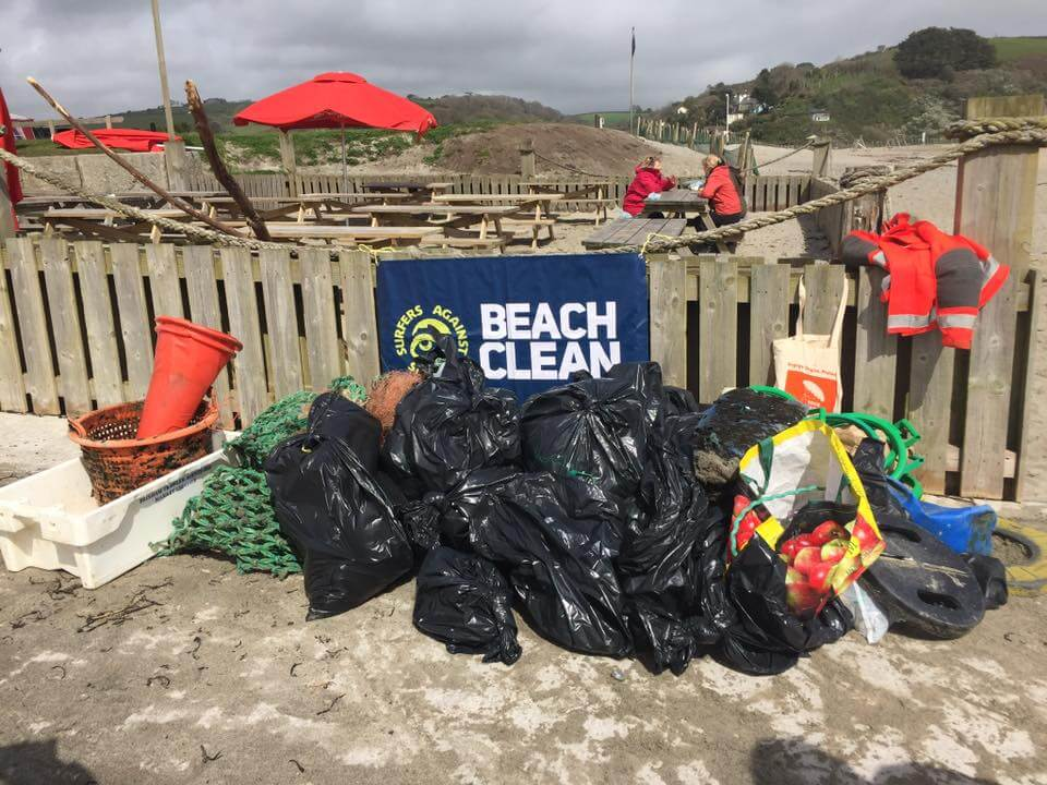Amazing Grandma Cleaned 52 Beaches In 2018 To Help The Planet