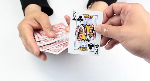 Situs Poker Terpercaya Bajuelang.com Membantu Anda Untuk Menjadi Kaya