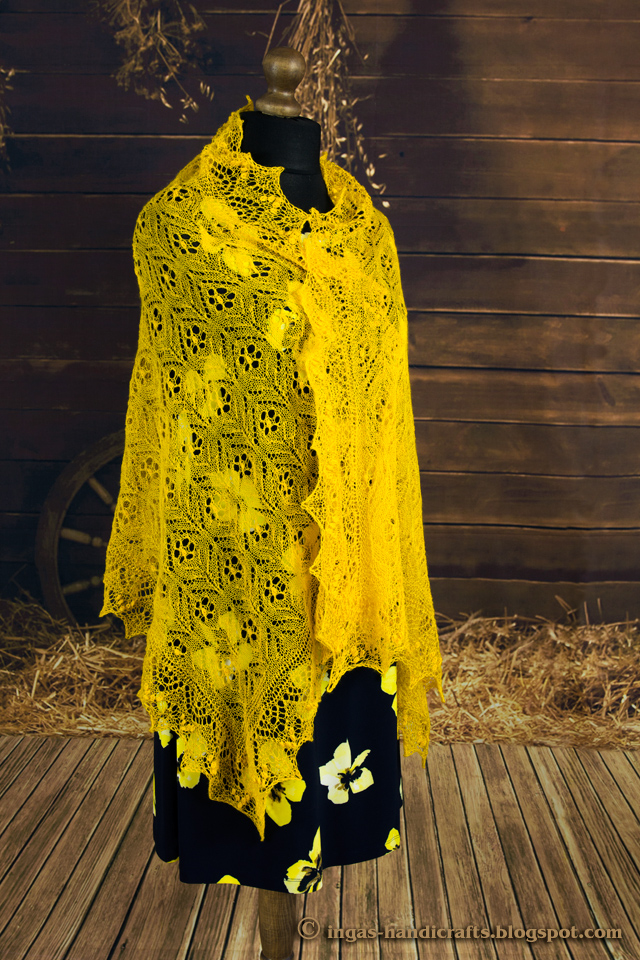 Õlasall Õlelilled / Immortal Flowers Shawl