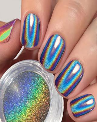 diseño de uñas espejo rainbow azules