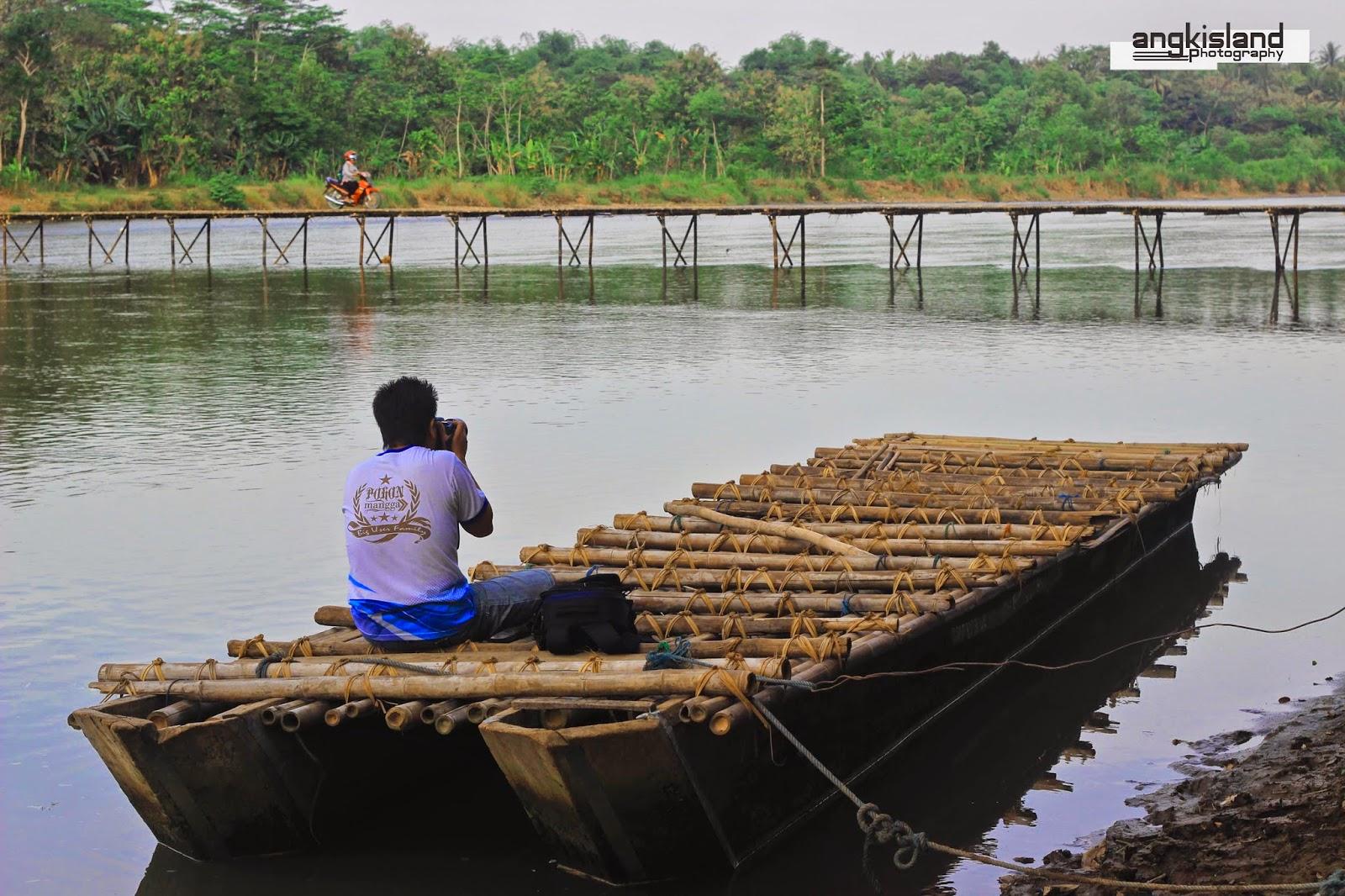 fotografer jembatan pajangan