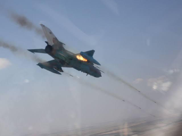ایک اور بھارتی لڑاکا طیارہ گر کر تباہ