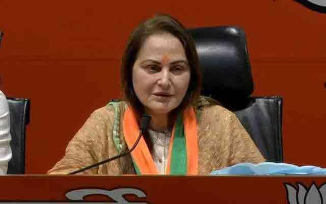 BJP में शामिल हुई Actress/ Film Actress in BJP