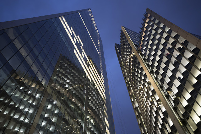 Financial District 1 - London Cityscape photography tips - Ashley Laurence - Time for Heroes Photography