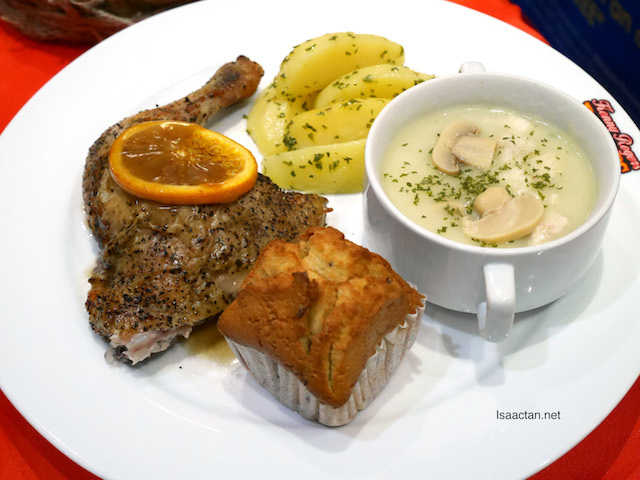 Fruity Soup Meal (Kenny's Fruity ¼ Chicken + Garlic Parsley Potato + Country-style Chicken Soup + 1 Vanilla Roselle Muffin)